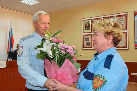 Загружен для Глава вологодской полиции благодарит сотрудниц ЧОП Конвой